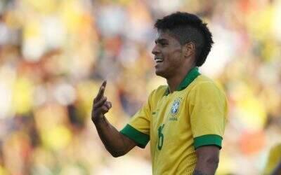 Leandro reencontra Felipão em decisão pela Liga dos Campeões: 'Será especial'
