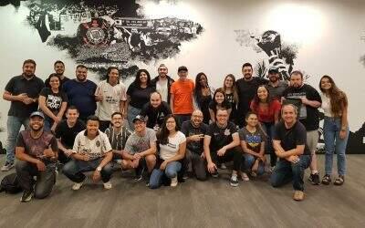 Tour Casa do Povo, da Arena Corinthians, se capacita para receber pessoas com deficiência intelectual e TEA