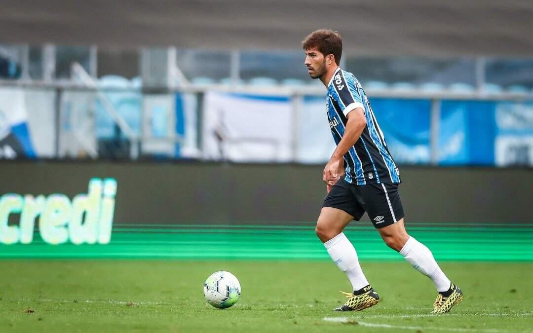 Atleta com mais jogos pelo Grêmio em 2020, Lucas Silva vira chave para o Brasileiro e projeta duelo contra o Corinthians